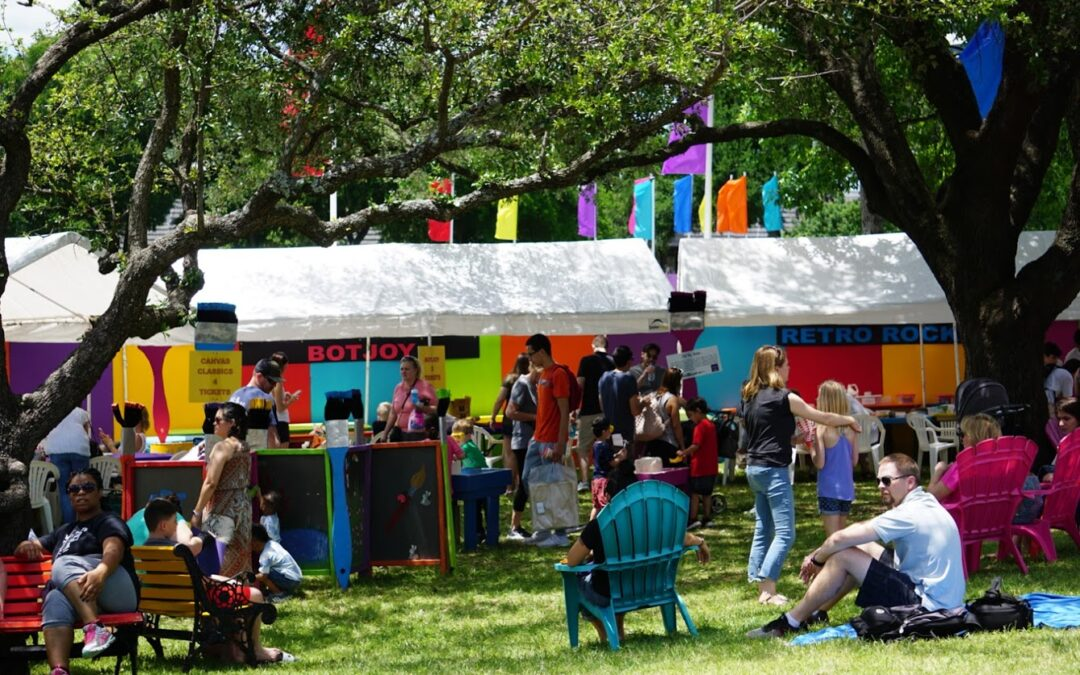 WHAT'S GOING ON DALLAS VISITS COTTONWOOD ART FESTIVAL